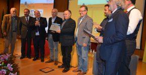 premio-manzoni-romanzo-storico-2017-gruppo-con-vincitore